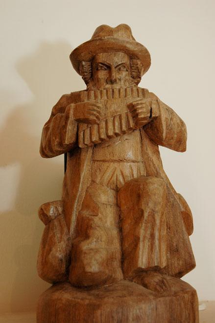 פסל חליל פאן דרום אמריקאי